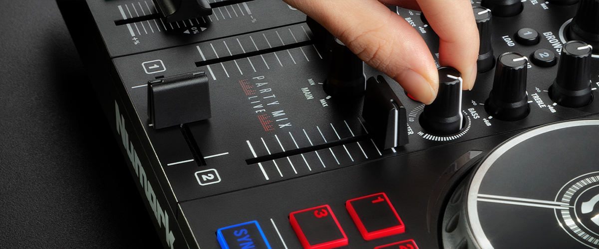 DJ controller with pro features